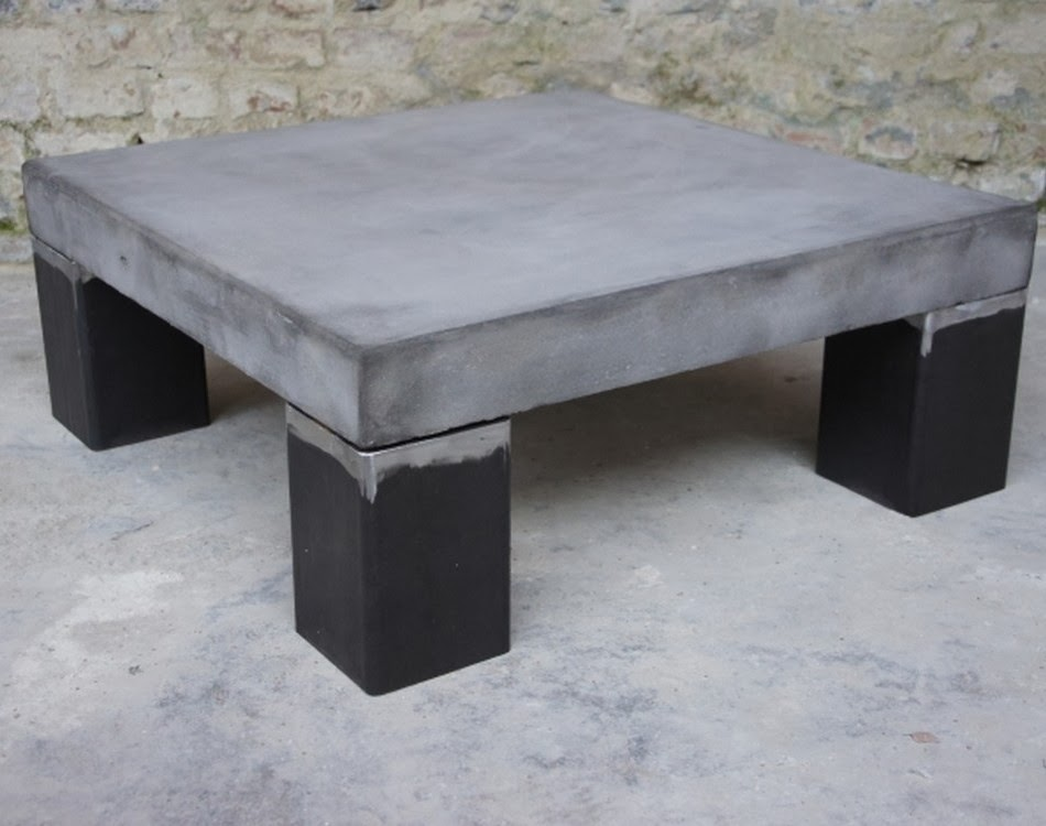 Table basse beton exterieur for Table exterieur beton
