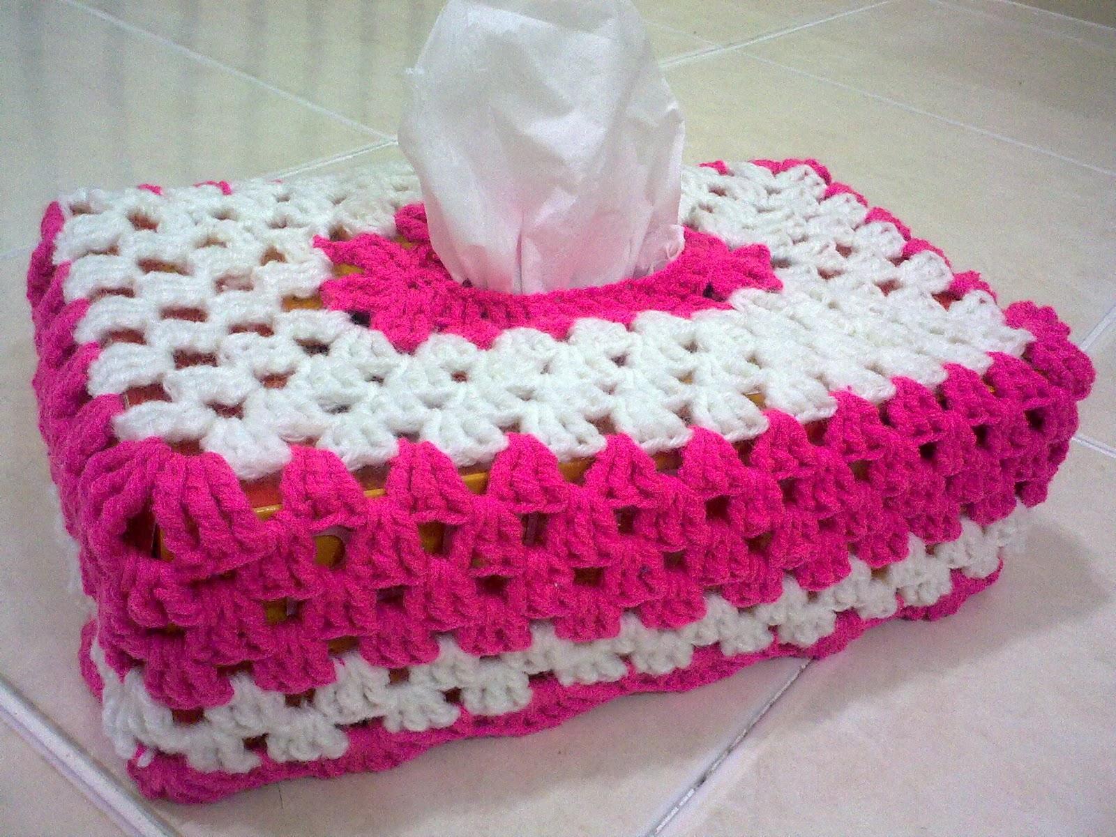My crochet september 2011 lama dah ada tutorial kotak tisu ni tapi baru berkesempatan nak mencuba setelah dua kali buat akhirnya menjadi ccuart Choice Image