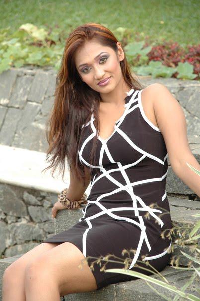 Upeksha Swarnamali Hot Photoshoot Cultural Nude Girl