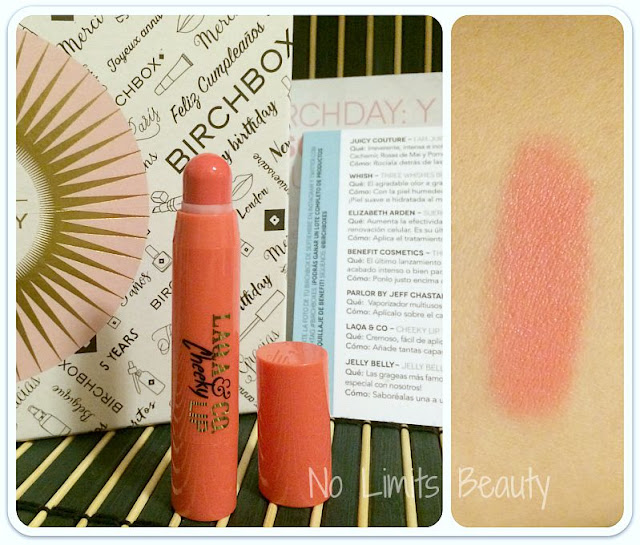 BirchBox Septiembre 2015 -  Laqa and Co - Cheeky Lip  (tono Cray Cray)