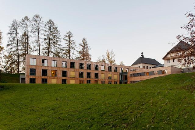 LFS Tamsweg - Arch. Wolfgang Schwarzenbacher - Foto Andrew Phelps