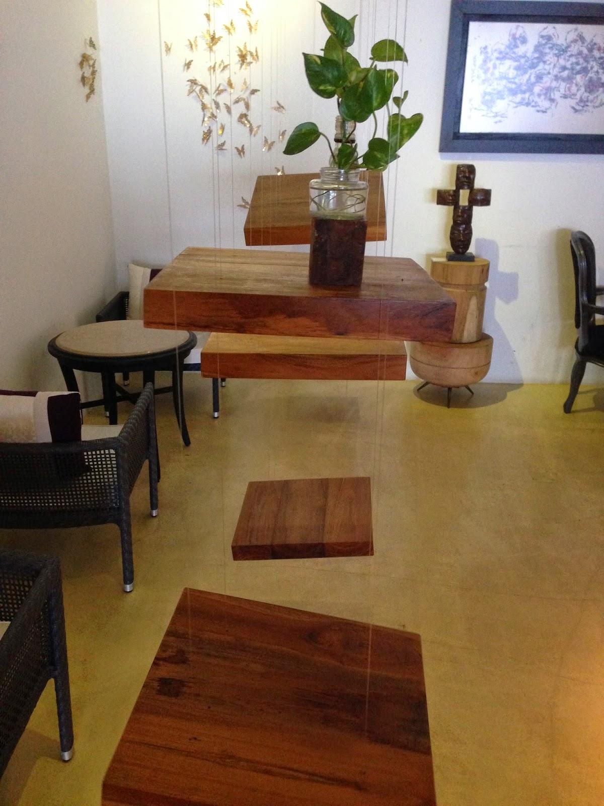 Decor in Cafe Studio