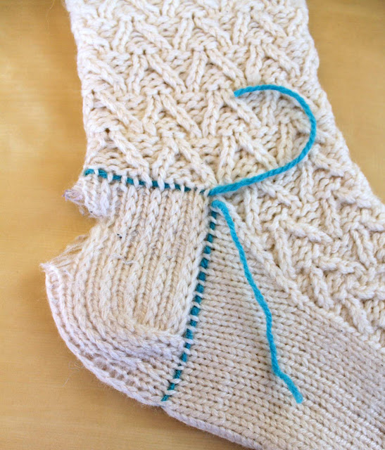 Picking Up Stitches In Knitting Socks : Hand Knitted Things: Knitted Sock Heel Repair