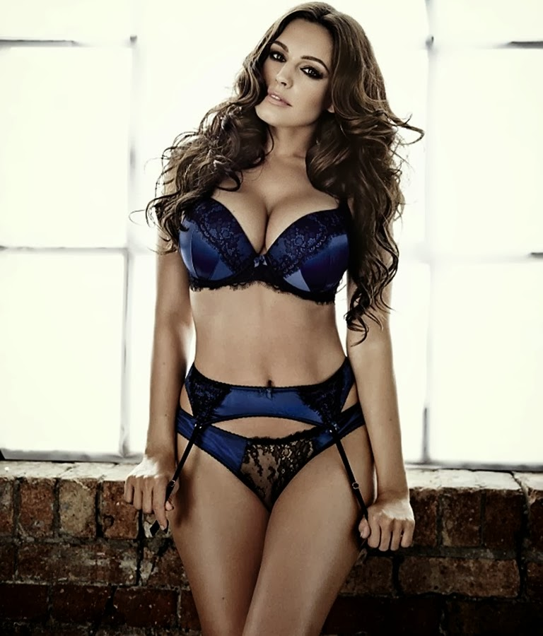 New Look Lingerie Christmas 2013 Lookbook Featuring Kelly Brook Magazine Photoshoot Actress