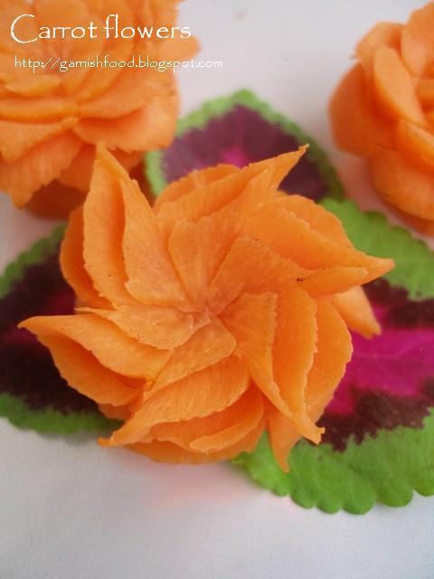 Fruit carving arrangements and food garnishes miniature