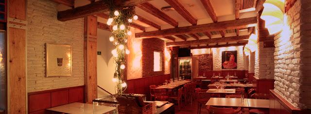Comedor en planta superior, La Tape. Tusolovive Madrid.