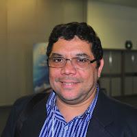 entrevista com Dr- Marcelo Burlá. Tema: Síndrome dos Ovários Policísticos