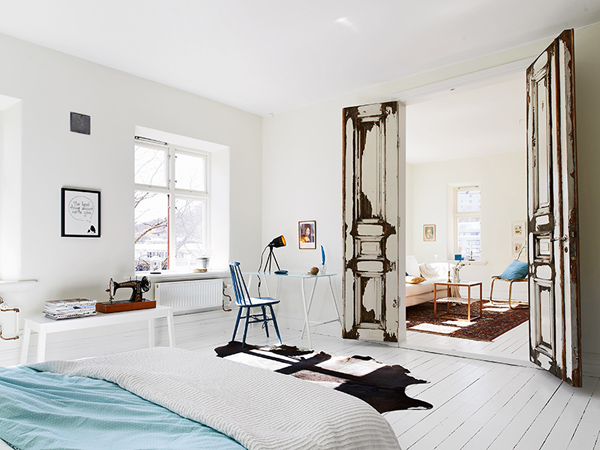 Life as a moodboard scandinavian style bright apartment for Scandinavian style doors
