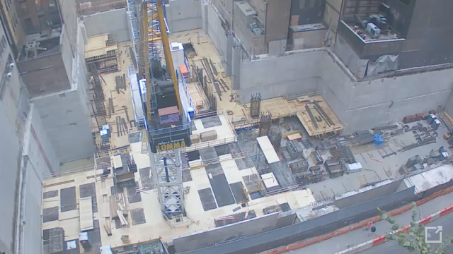 Photo of 432 Park Avenue construction as seen from 56th street