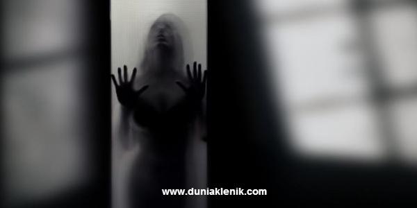 Cara Memanggil Khodam, Sosok Gaib Pendamping Manusia www.duniaklenik.com