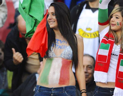 Italy girls fans Euro 2012