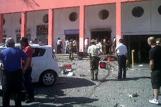 Explosión en local de Las Condes 30 Marzo 2011