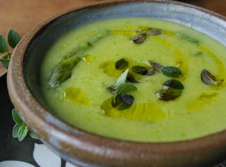 Sopa Leve de Milho com Aspargo (vegana)