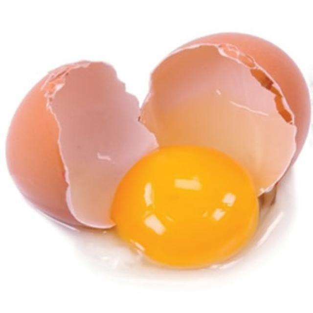 Banyak orang suka makan telur saat sarapan. Tak diragukan lagi bahwa ...: chieraeray.blogspot.com/2013/01/tak-perlu-takut-makan-kuning-telur...