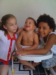 Meus sobrinhos e meu neto