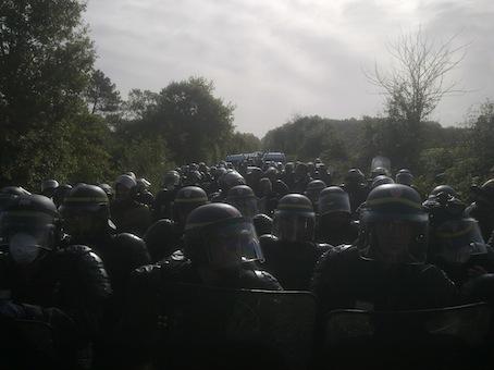 http://1.bp.blogspot.com/-TdBKEnVWL00/UicItR40f2I/AAAAAAAADHw/_uqYrGP6BI0/s1600/nd_landes_gendarmes_v_2-14f48.jpg
