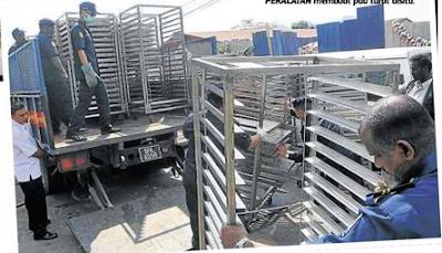 Gambar Kilang Pau Inti Babi Yang Kotor Dan Busuk Dirobohkan Di ...