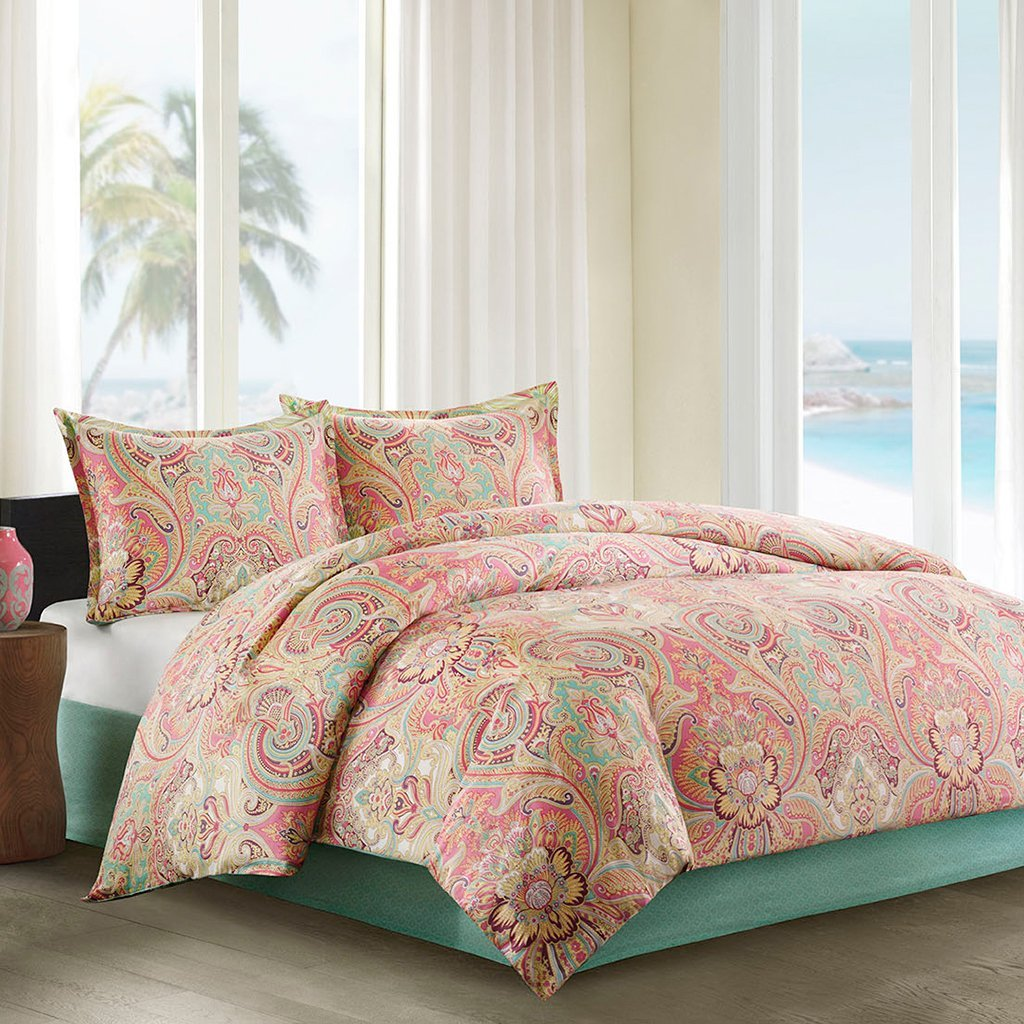Peach Colorful Bedding Set: One Comforter, Two Pillow Shams And Two  Accent/Throw Pillows
