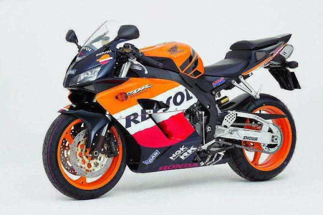 Gambar Honda CBR 400 Repsol