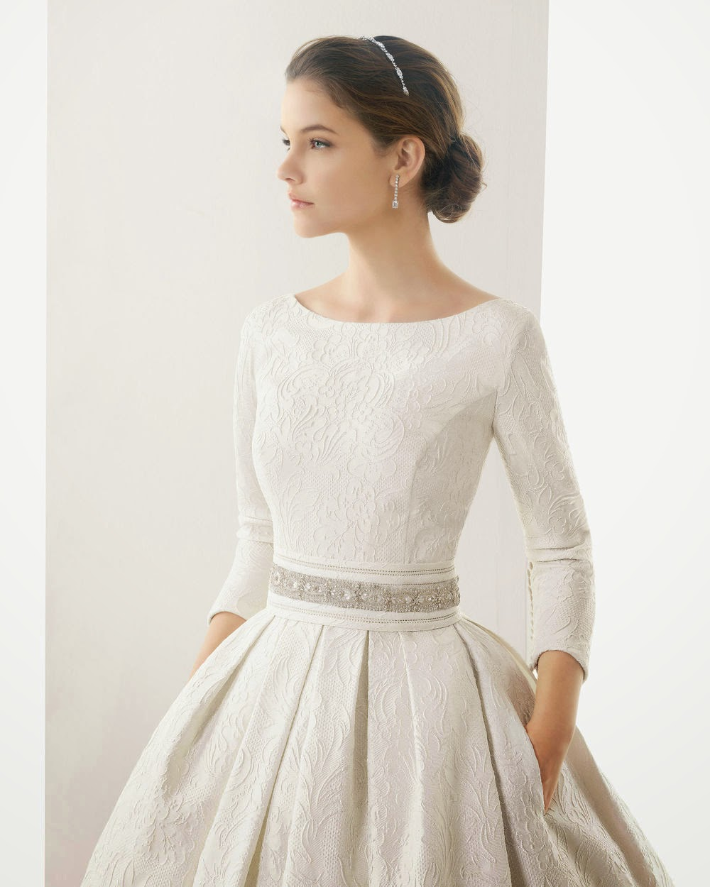 Brides bridesmaids fashion those style wedding dresses for Long sleeve dresses to wear to a wedding