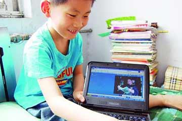 Masih 9 Tahun Bocah ini Bisa Semua Bahasa Pemograman