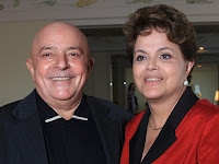 Lula quer ajudar Dilma a mudar pastas