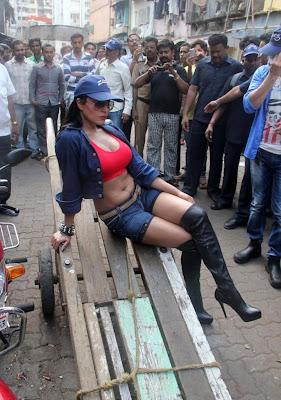 Veena Malik Hot photos at Kamathipura 015 Veena Malik hot Photoshoot at Kamathipura