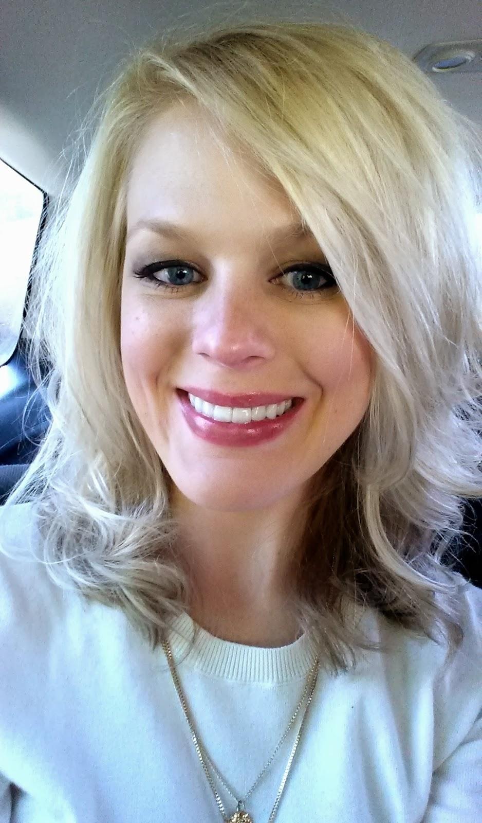Light Blonde Hair With Caramel Lowlights Ash blonde low lights.