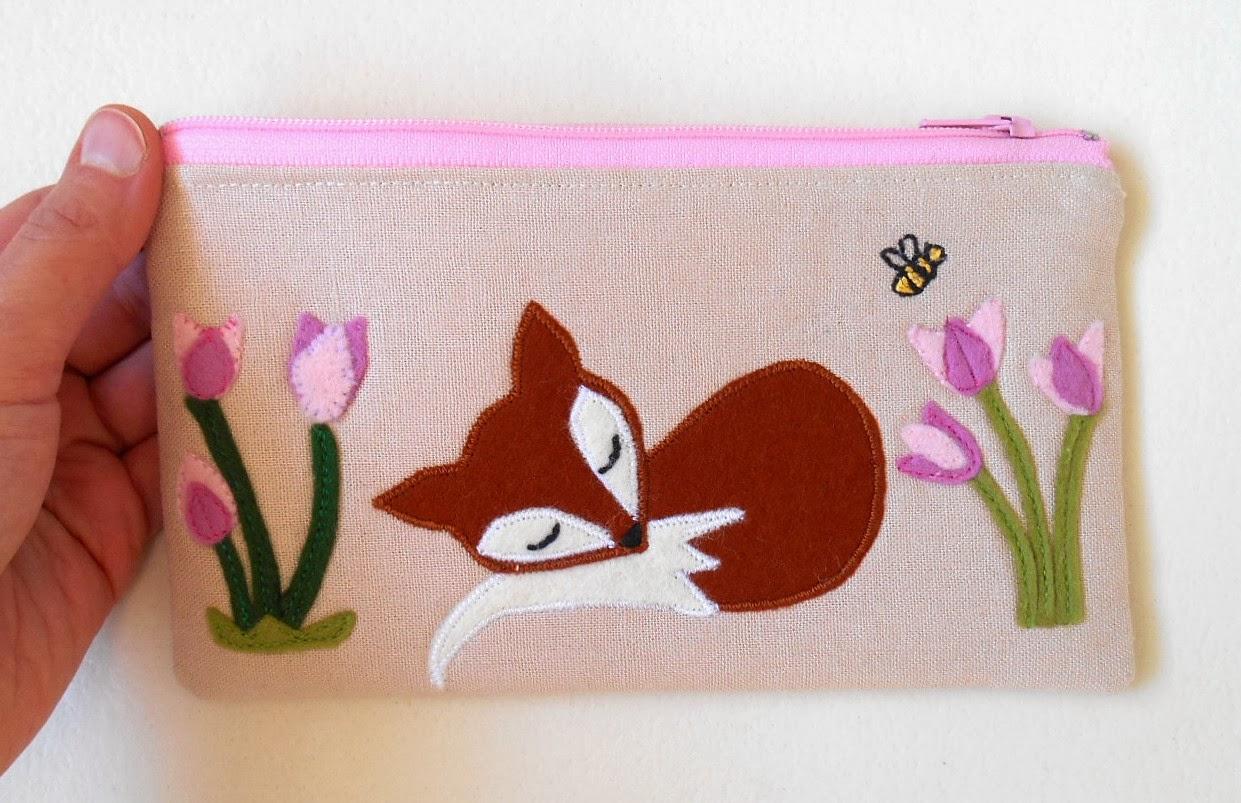 fox zip pouch