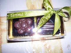 2pcs coklat door gift