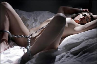 criatividade, fetiche, fantasias sexuais, fantasias eróticas, fantasia de prostituta, fantasia de policial, dominação, bdsm - Desejos e Fantasias de Casal