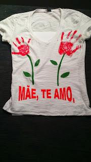 Camiseta Pintada a Mão