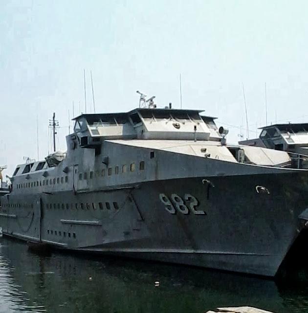 KRI Karang Tekok 982 Kapal Perang Republik Indonesia