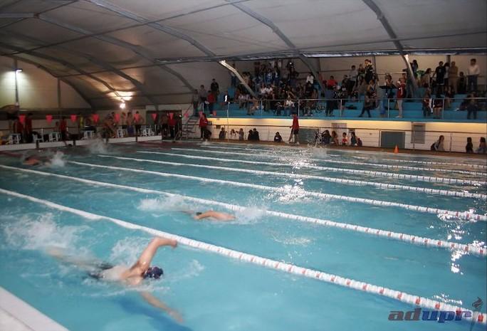 puc nataci n universitaria resultados primer torneo