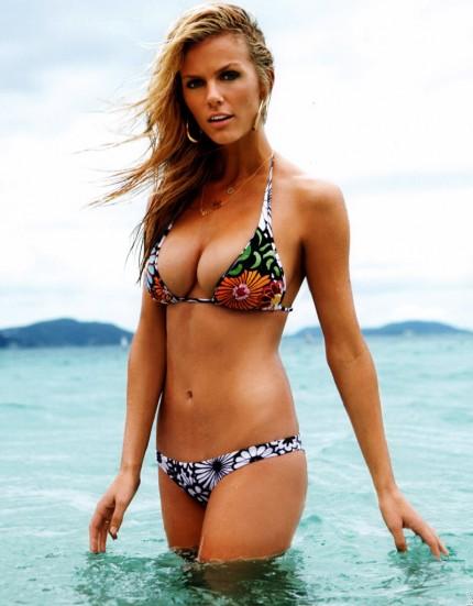 Bodies in bikini