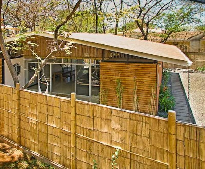 CASAS CONTENEDORES: Casa hecha con contenedores y bambú en Costa Rica