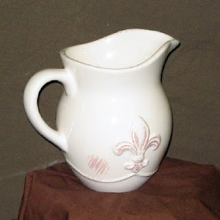 Buy Wholesale Fleur-de-lis Pitchers