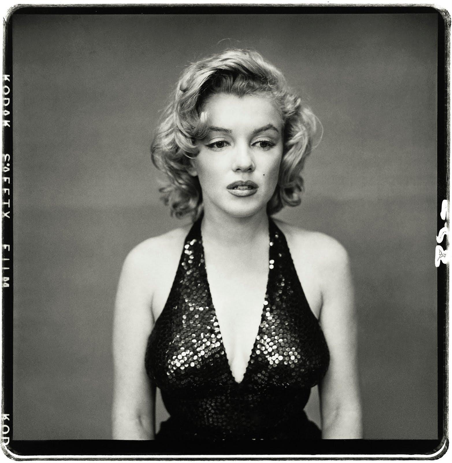 http://1.bp.blogspot.com/-TfnRs5_WDp8/TgMi6O_GXsI/AAAAAAAAARI/tHlnrk4Rvp4/s1600/Avedon_MarilynMonroe.jpg