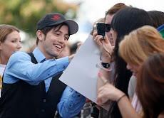 Jackson visitando a las fans en Tent City