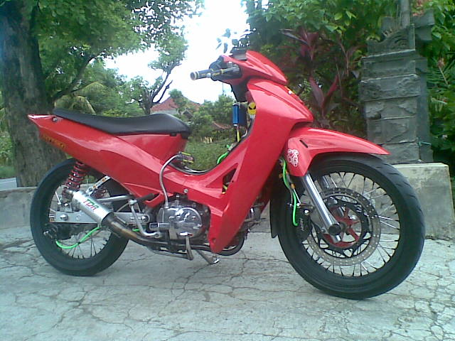 b4li custom Motodify: Modifikasi Honda Karisma 2005