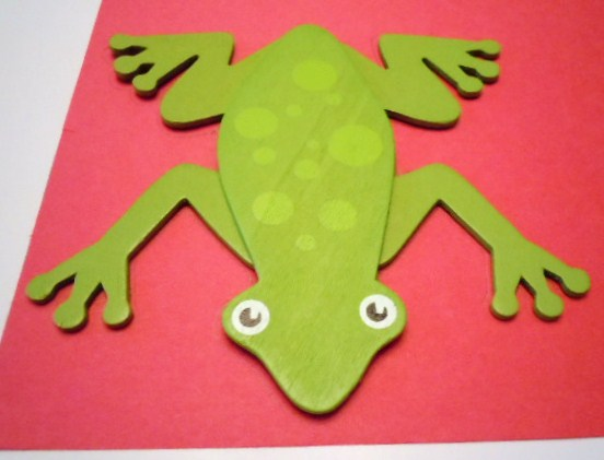 Learning ideas grades k 8 song of la selva book and for Frog crafts for preschoolers