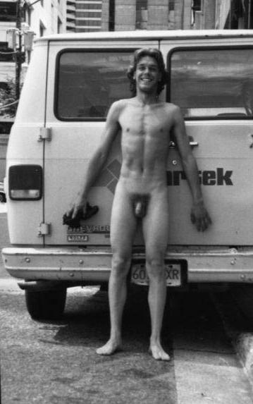 free amateur gay bareback
