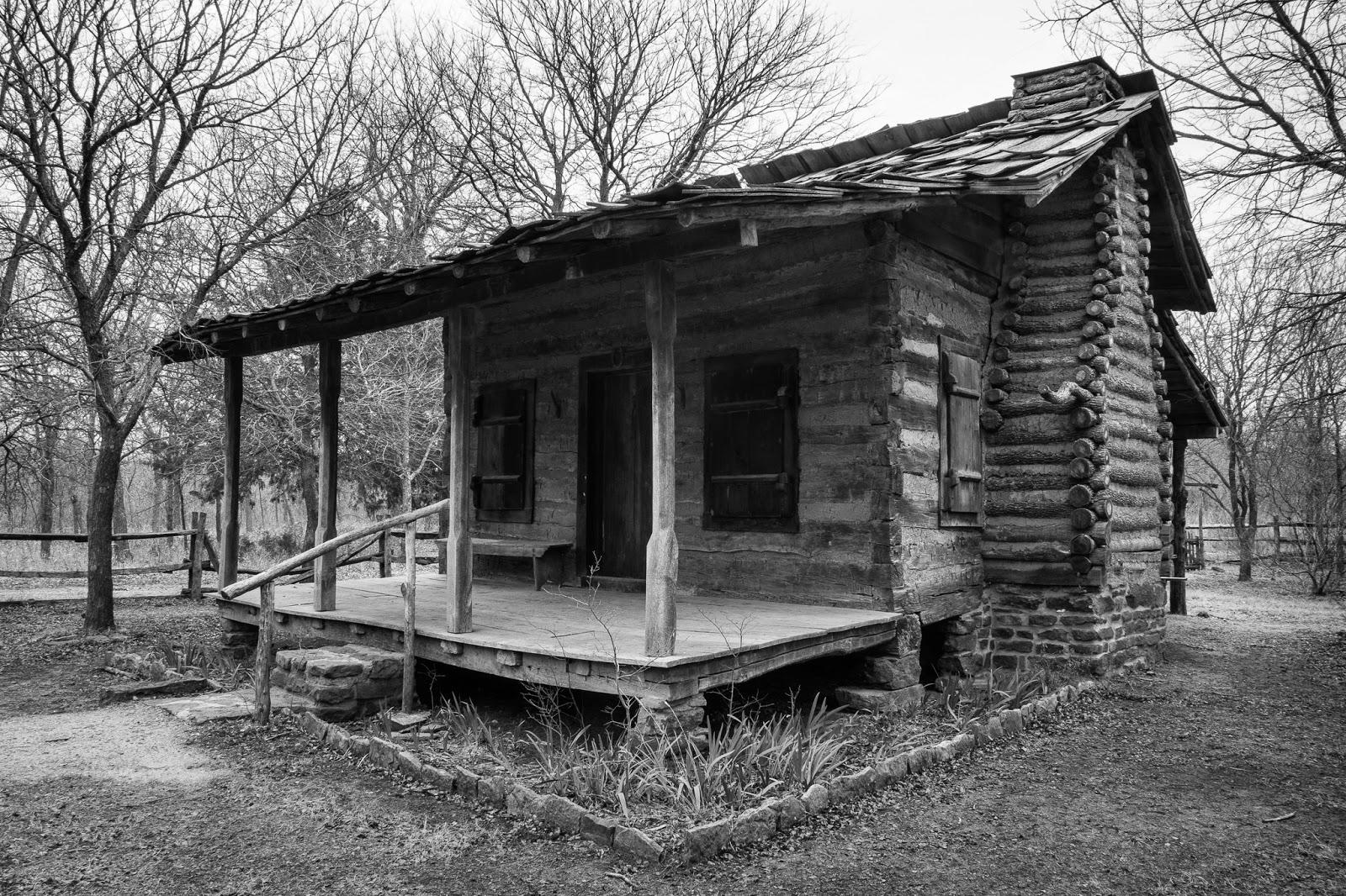 LLELA, Minor-Porter Log House