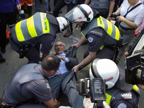 Ex-senador do PT é detido em protesto em São Paulo