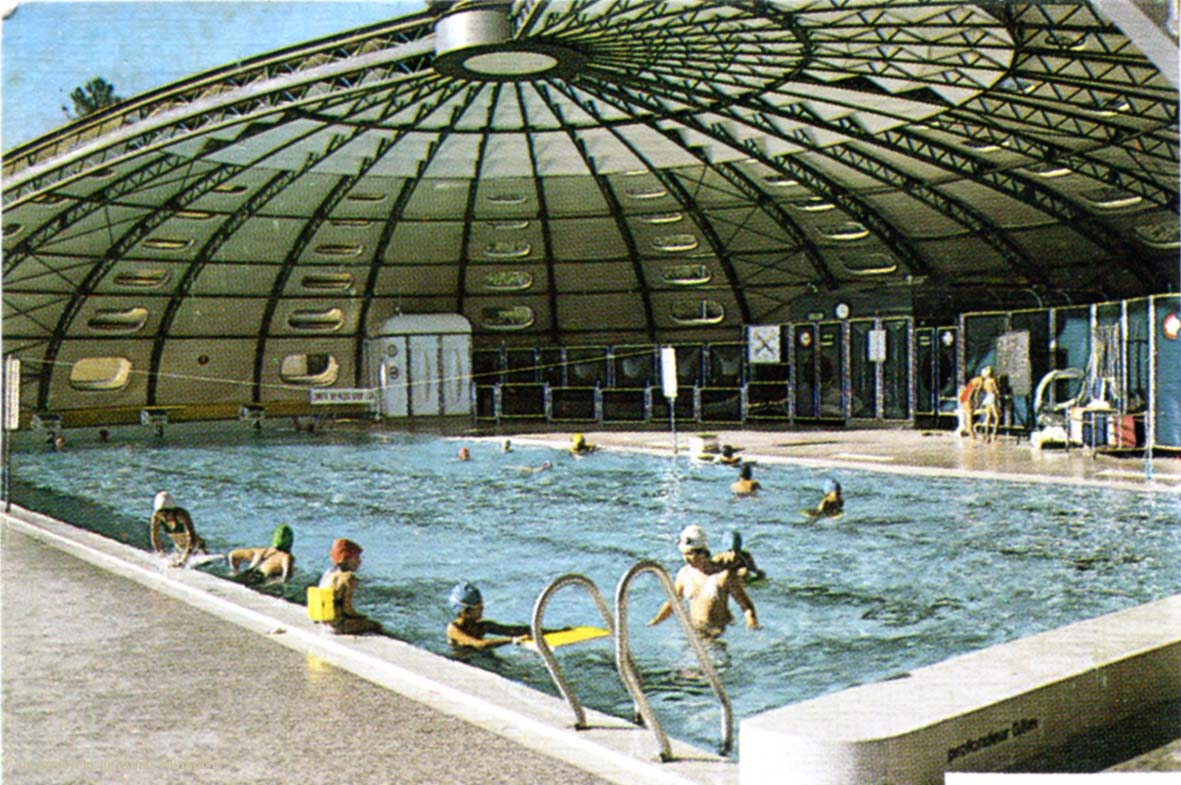 Architectures de cartes postales 2 tournesol et il de lynx for Piscine tournesol