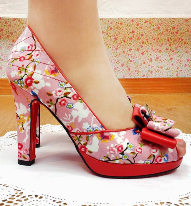 moskitas muertas, pastel shoes, flower print shoes