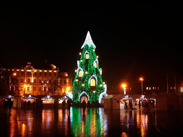 Ялинка у столиці Литви