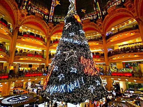 galeries lafayette rock n mode christmas tree