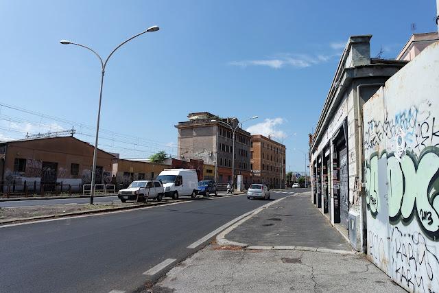 Street, Rue, Ruelle romaine, Pigneto, Graff, Tag, Roma Street, Rome, Roma, Voyage, Vlog, Roadtrip, blog,