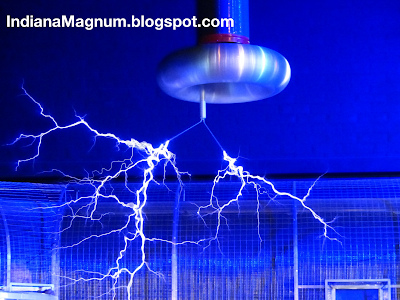 Preparing For an EMP with a Homemade Faraday Cage